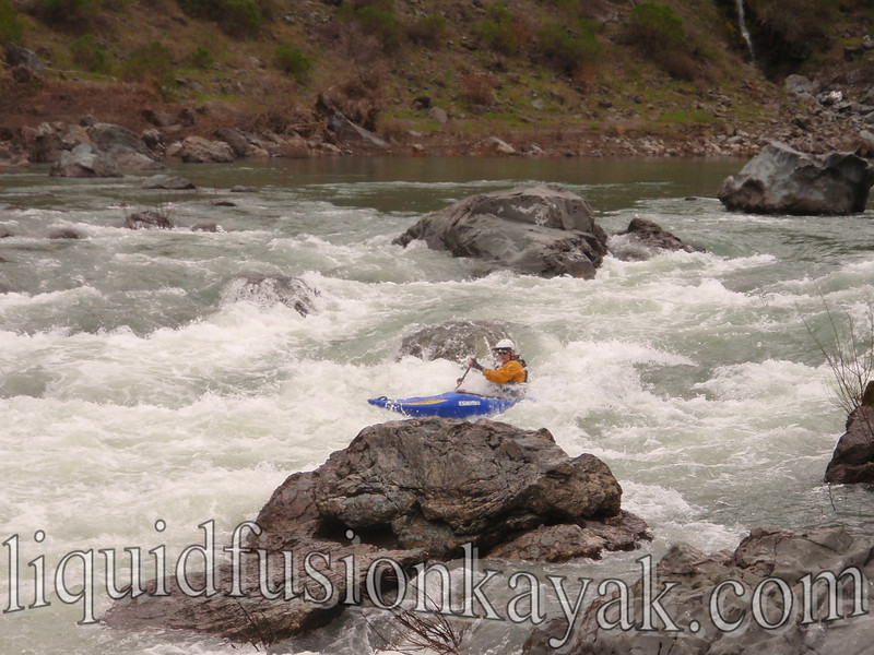 whitewater kayaking on mendocino's eel river