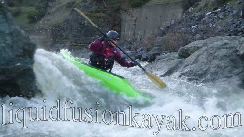 Whitewater kayaking on Mendocino Eel River